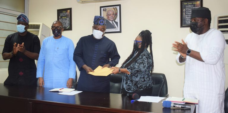 L-R: Member, Lagos State House of Assembly, Hon. Desmond Elliot; Member, Lagos State House of Assembly, Hon. Gbolahon Yishawu; Speaker, Lagos State House of Assembly, Rt Hon. (Dr) Mudashiru Obasa; President, Lagos Chamber of Commerce and Industry (LCCI), Mrs Toki Mabogunje and Member, Lagos State House of Assembly, Hon. Temitope Adewale during a Courtesy Visit by a Delegation of LCCI to the Lagos State House of Assembly on Monday